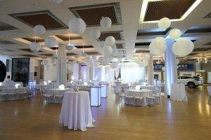 barattas state historical building white party decorations