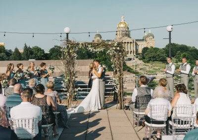 Wedding on the terrace (photography by Kara Vorwald)